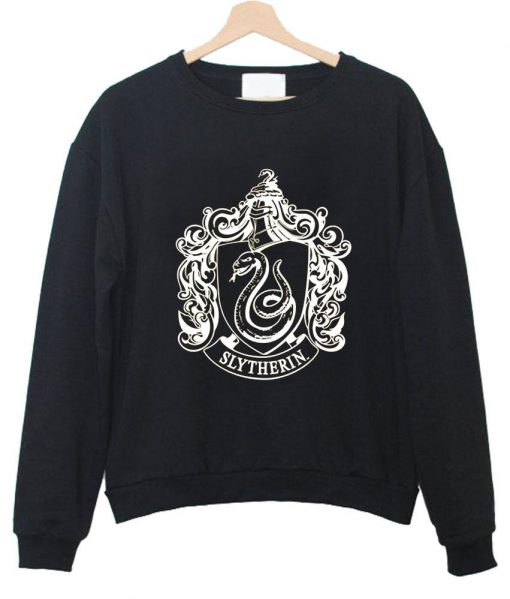 https://cdn.shopify.com/s/files/1/0985/5304/products/slytherin_sweatshirt_black.jpg?v=1458011116