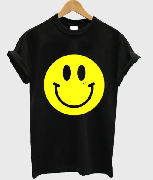 https://cdn.shopify.com/s/files/1/0985/5304/products/smiley_tshirt_13058a7e-249a-4e9f-a55b-31c22fc370e7.jpg?v=1475138415