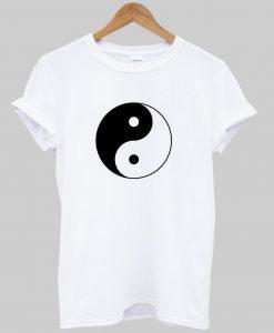 yi yang T shirt